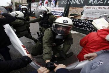 Άγρια καταστολή από την κυβέρνηση ΣΥΡΙΖΑΑΝΕΛ στην απεργιακή κινητοποίηση εκπαιδευτικών